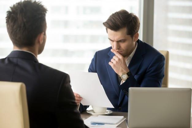 8 errores que se deben evitar al hacer una entrevista