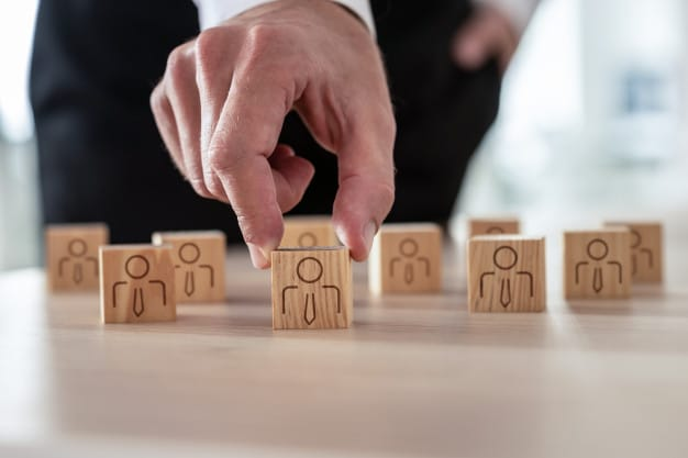 ¿Cuál es el papel de headhunter en un proceso de selección?